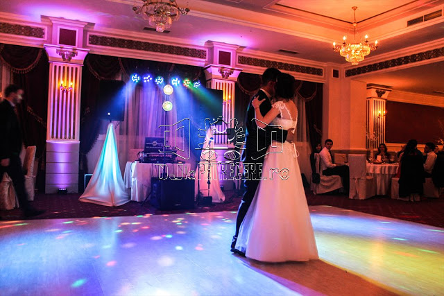 DJ nunta Bucuresti - sunet lumini scena arhitecturala preturi - 1