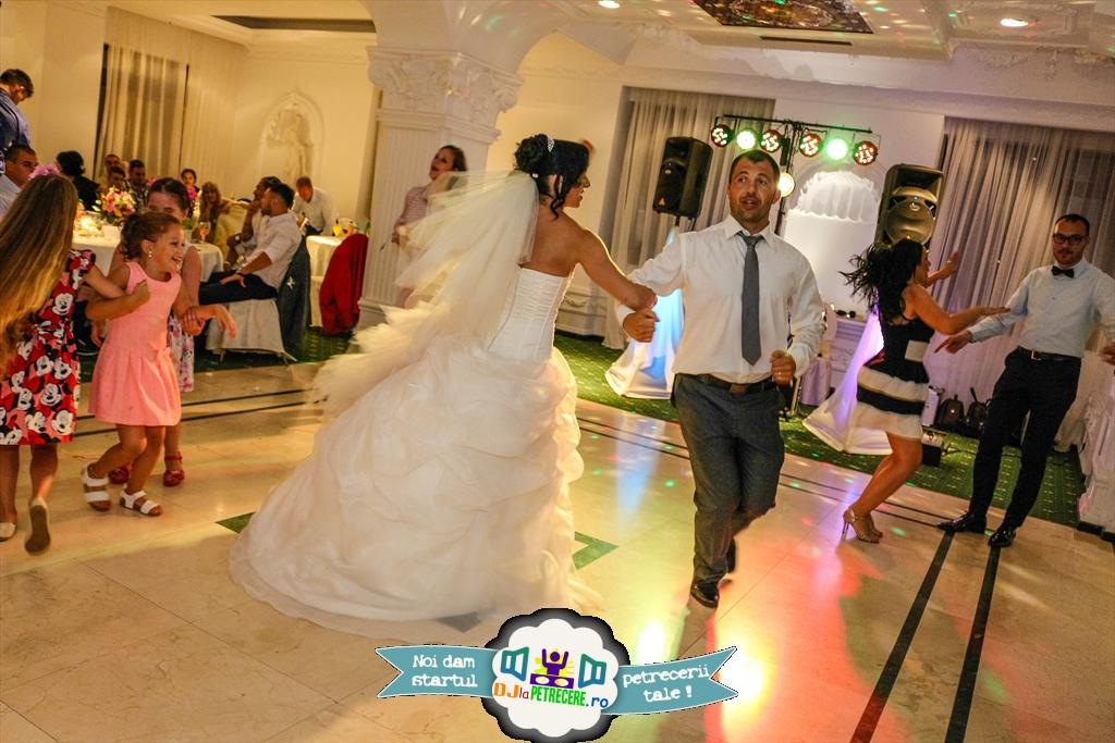 nunta cu dj mc cristian niculici la vulturul